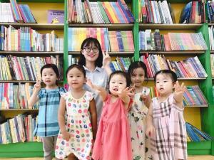 【图书大厦·小小故事会】夏日炎炎,阅享清凉